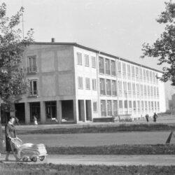 die Schule im Jahre 1963, Foto: dresden.de